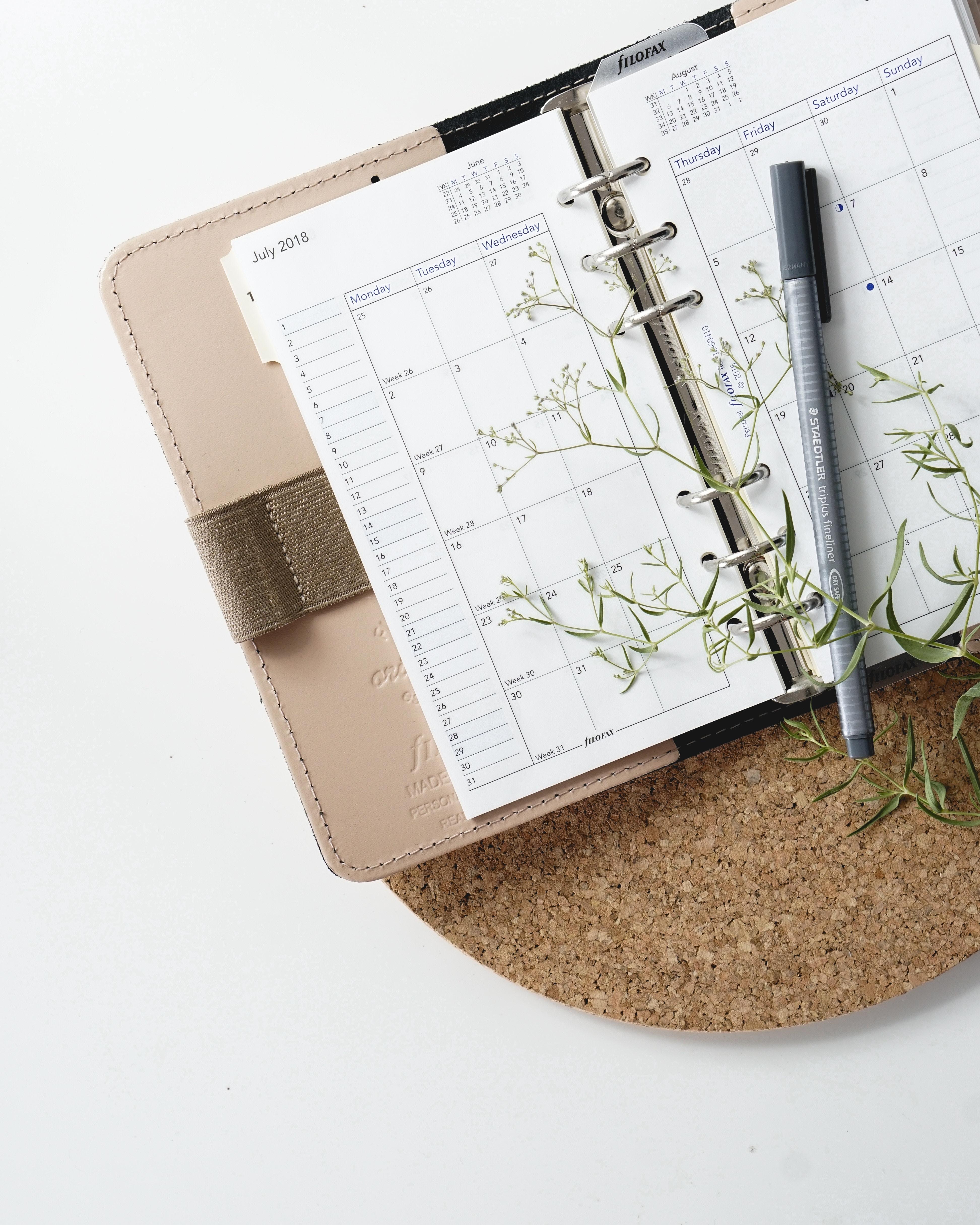 【MR活動に役立つ】紙の手帳とデジタルはどちらがいいのか?